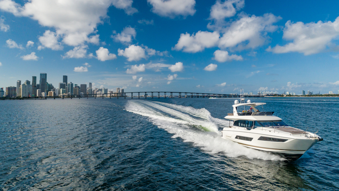 Miami luxury yacht charter of Biscayne Bay.